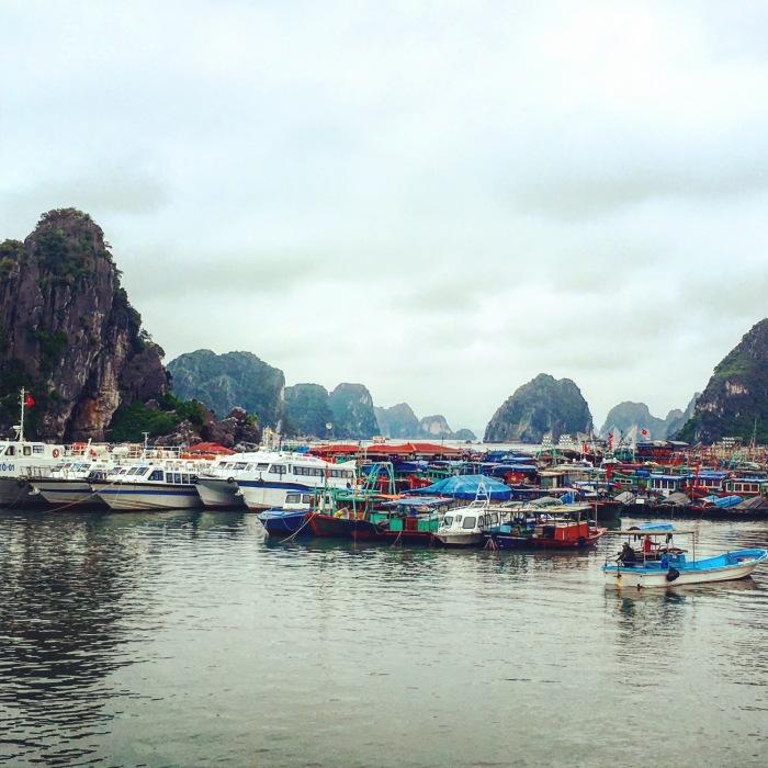 Bai Tu Long Bay2