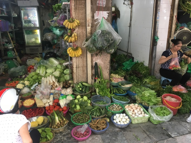 Hanoi vegetable market